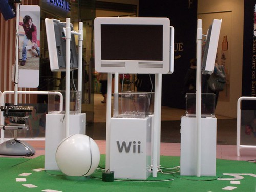 nintendo games casio console exilim wii gamesconsole z850... (Photo: avlxyz on Flickr)