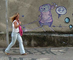 Amores Impossveis [Unrequited Love] (Jim Skea) Tags: brazil people woman love brasil riodejaneiro graffiti pessoas funny grafiti amor mulher humor flamengo jimsk fujifilmfinepixa210 20061011 duetos