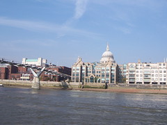 100_1380.JPG (Miki the Diet Coke Girl) Tags: england london thamesriver riverboatcruise