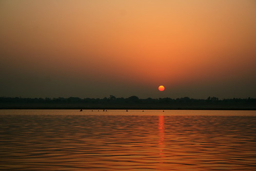 sunrise on the ganges river by jonrawlinson.