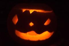 RT73 Halloween - Kuerbis im Dunkeln (ifranzmedia) Tags: party halloween d50 germany table deutschland nikon europa europe nikond50 round nrw roundtable 73 gtersloh kostm guetersloh ifranztv mediabroadway marketingfun ifranzmedia rt73 rt73de
