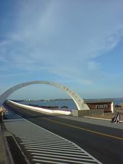 11.跨海大橋