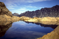 Ingall's Lake (Stephen P. Johnson) Tags: lake mountains reflection water rock wow washington slide velvia alpine scanned wilderness cascade ingalls spectacularlandscape myexplore wstpic07