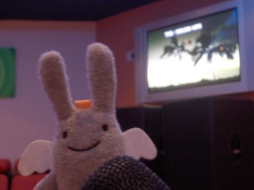 Angel Bunny does karaoke