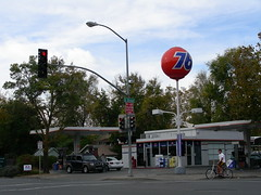 Unocal 76 (So Cal Metro) Tags: station union phillips gas gasstation gasoline davis unocal servicestation union76 76 conoco 76ball phillipsconoco