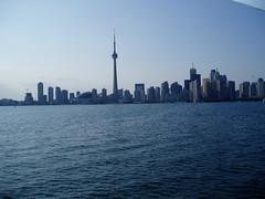 Toronto Skyline (Jamziz20) Tags: toronto skyline torontoskylinelakeontariolake ontariocn towerdowntown