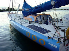 KingFisher (MacEnsteph) Tags: sea france sailboat race kingfisher caribbean sailboats guadeloupe antilles ellenmacarthur frenchwestindies fwi imoca routedurhum routedurhum2002 pointeàpitre
