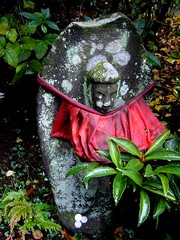 jizo photo by coral 1910 on flickr