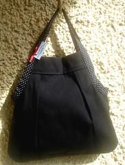 Bolsa preta com ala de bolinha (ferebeta) Tags: bolas bags bolsas sacos