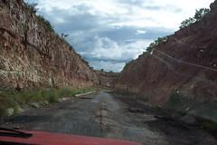 Camino sinuoso y... maltratado. (Christian Frausto Bernal) Tags: geotagged mexico camino nubes zacatecas villanueva bache baches sinuoso federal54 maltratado entrecerros geolat22270353 geolon102869453