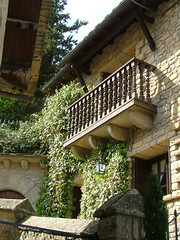 Santa Cruz de Seros (ribizlifozelek) Tags: balcony balkon balcon pirineo santacruzdeseros