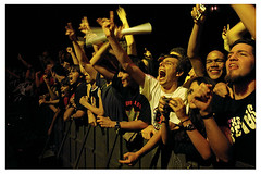 NOFX @ Claro Hall, 29/09/06 (anendFor ( um anagrama, p)) Tags: show music concert live crowd band r1 fans nofx clarohall