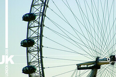 London Wheel (saraab) Tags: uk trip travel london wheel unitedkingdom 2006 nikond70s saraab saraabcom   london2006