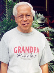 2001 03 22 Jakarta Bintaro - PakSelo (Indrani Soemardjan) Tags: 2001 dad indi bapak 2001q1