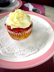 cupcakes by sonja berries and cream cupcake