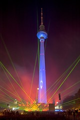 Erffnung / Opening Festival of Lights (kleena) Tags: berlin night germany deutschland nacht laser fernsehturm top20night festivaloflights tvtower topphotoblog festivaloflights2006