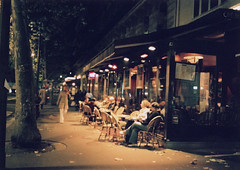 paris night, the first shot (kimicon) Tags: street trip autumn paris france night cafe topf75 natura classica natura1600 naturaclassica