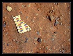 Copas rotas - Broken glasses (jose_miguel) Tags: españa miguel stone paper hearts spain jose textures marrakesh papel cartas texturas copas piedra baraja canondigitalixus55