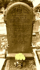 All the lonely people.. (Rich007) Tags: uk greatbritain england stpeters church grave liverpool unitedkingdom gb beatles lennon johnlennon mccartney paulmccartney eleanorrigby woolton lennonmccartney