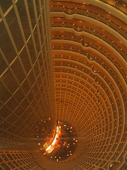 Hyatt hotel in Shanghai - by Vineus