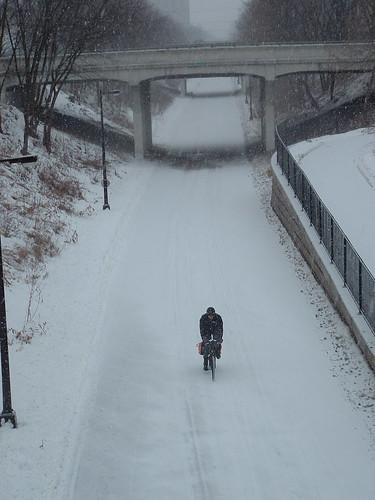 winter.Grnwy.cyclist.2006.02.03 005 (2)