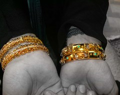 GoLd (eL reEem eL sro0o7e ♥) Tags: cold yellow gold bright