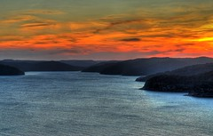 Hawkesbury River ('Bobesh) Tags: sunset water clouds australia nsw centralcoast hawkesburyriver
