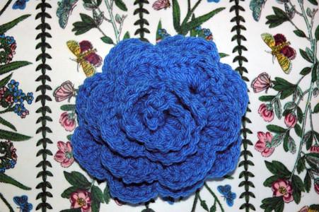 Free EASY Crochet Baby Hat Pattern with Crochet Flower