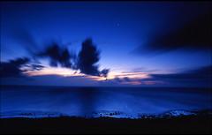 Kenting National Park (AmazingLand) Tags: park sunrise nikon kodak taiwan national e100vs kenting fm2 pingtung