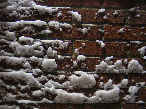 EFIT 17:32 - On my way home. Snow on a brick wall.