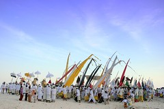 earth below heaven (Farl) Tags: travel bali colors indonesia snake hill ceremony culture parade procession tradition hindu hinduism bukit nusadua melasti kutuh