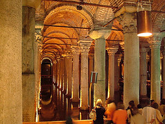 The Basilica Cistern (melasmus) Tags: light people colour reflection water composition wow place trkiye historical su column stanbul insan yansma k tarihi tbg thebasilicacistern yerebatansarnc thebiggestgroup stun melasmus kompozisyon theinterestingest