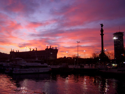 Port Vell sunset (Photo by cgines)