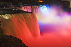 NiagaraFlle (Wolfgang Staudt) Tags: travel blue red panorama usa newyork ontario water colors beautiful yellow fog wow wonderful river lights niagarafalls boat nikon holidays rocks waves darkness nikond70 availablelight sigma waterfalls horseshoe wilderness vacancy farben americanfalls spotlights niagarariver blueribbonwinner wasserflle travelphotographie niagaraflle wolfgangstaudt