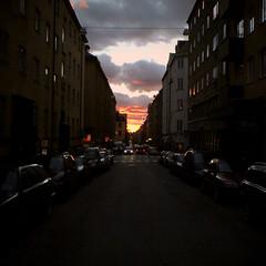 hgbergsgatan (smudo) Tags: sunset sweden stockholm sdermalm dusk cellphone sonyericssonk750i fridayafternoon