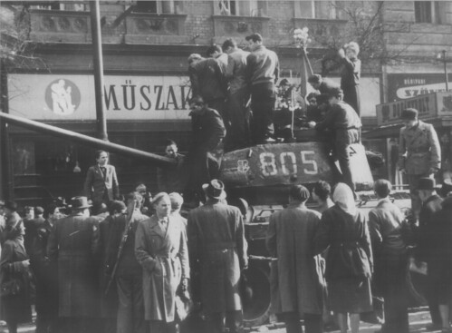 Hungarian history: images of 1956 by Khrisztian.