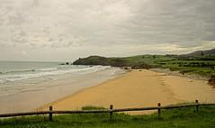 Playa de Espasa (2) (R.Duran) Tags: espaa beach spain nikon espanha europa europe d70s asturias playa espagne caravia espasa sigma18200mm
