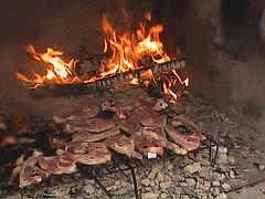Carne (torresburriel) Tags: carne fuego armillas parrillas costillada