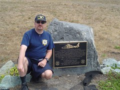 Eric at 6541 Memorial (Bast Productions) Tags: california coastguard plaque memorial uscg uscoastguard unitedstatescoastguard 6541 uscgaux uscgauxiliary uscoastguardauxiliary auxpa erichebert uscgauxiliarypublicaffairs