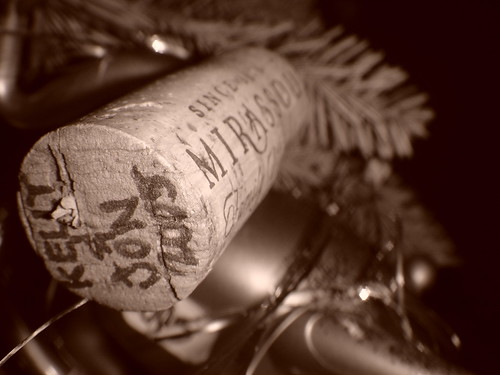 Christmas Tree-Decorating Wine Cork Ornament (2005)