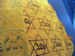 The infamous yellow fabric with the Jewish star.