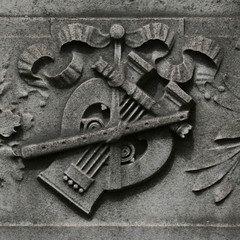 musical instruments (Leo Reynolds) Tags: cemetery canon eos 350d 50mm iso100 f11 cemeterysymbol 0003sec 1ev cemeteryperelachaise hpexif groupcemeterysymbolism groupozy leol30random xsquarex xleol30x xratio1x1x xxx2006xxx