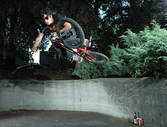 Kyle - Curved Wallride to Table (Sweendo) Tags: kyle nikon bmx cubby strobist emerypeck