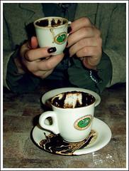 (smail) Tags: cup turkey cafe drink finger trkiye fingers delicious future ismail coffe fortuneteller turkish fincan kahve fortunetelling izmir fal ordu turkishcoffe falclk flikir
