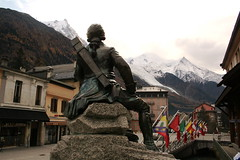 Dr. Paccard watching the MB. (Tonni H.) Tags: travel france alps statue chamonix montblanc paccard