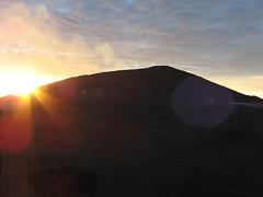 lever de soleil au volcan (Dijor) Tags: volcano runion volcan pitondelafournaise