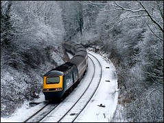 HST passing Dore (Thrash Merchant) Tags: railroad snow train diesel rail trains railways intercity dore 125 hst railtrack highspeedtrain mml class43 intercity125 ic125 midlandmainline