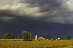 Wisconsin Thunderstorm (Bev and Steve) Tags: storm wisconsin clouds rural wow farm kettle moraine top20clouds myexplore wisconsinthunderstorms