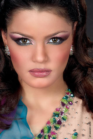 268939117 eb24685bbb - Make up of the day 18 March 10