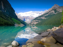 The most beautiful place on earth under the morning sun (JoLoLog) Tags: lake canada ilovenature joe alberta lakelouise themostbeautifulplaceonearth